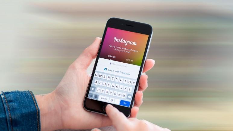 Instagram arşiv indirme özelliğini kullandık